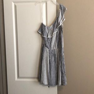 NEVER WORN American Eagle Dress !!